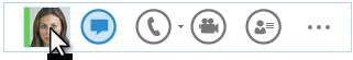 Capture d'écran du menu rapide de Lync avec le curseur sur la photo d'un contact