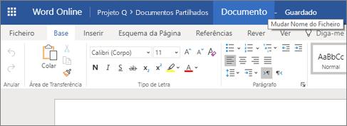 Clicar na barra de título para alterar o nome de um documento do Word Online